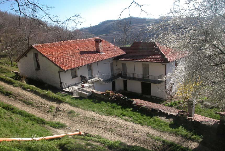Casa in Vendita a Roccaverano