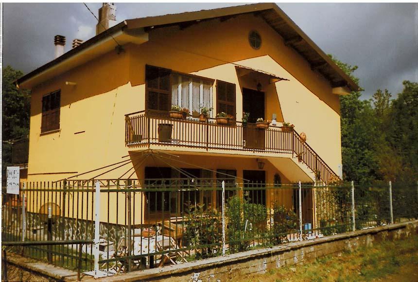 Villa / Villetta in Vendita a Pontinvrea