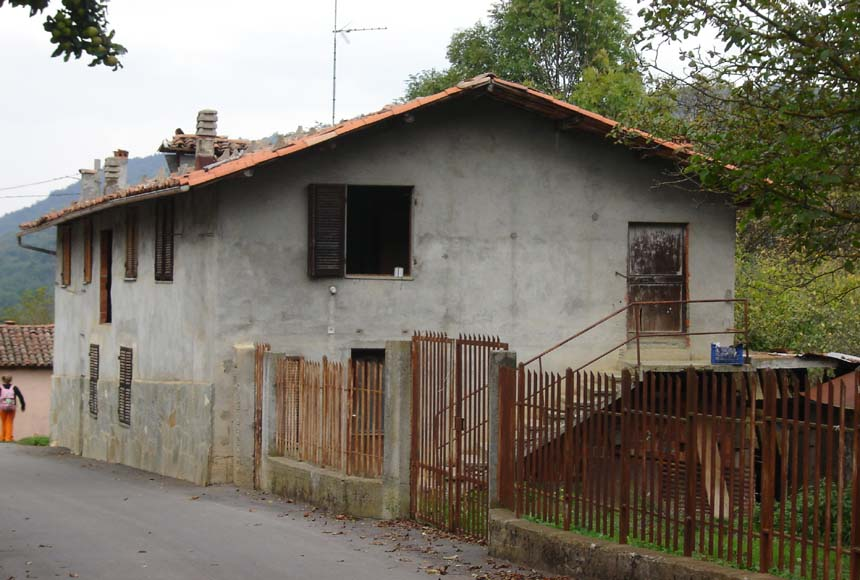 Casa Rustica in Vendita a Nucetto