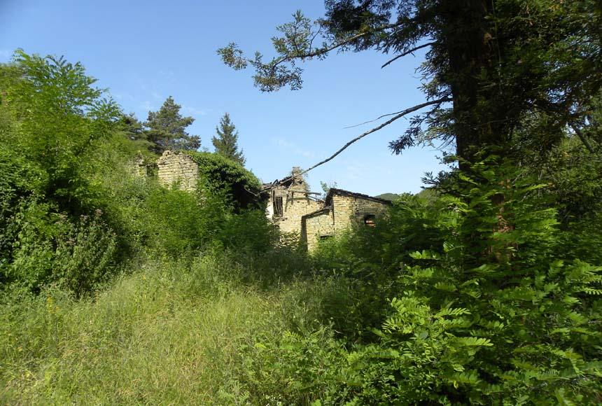 Casa Rustica in Vendita a Cessole