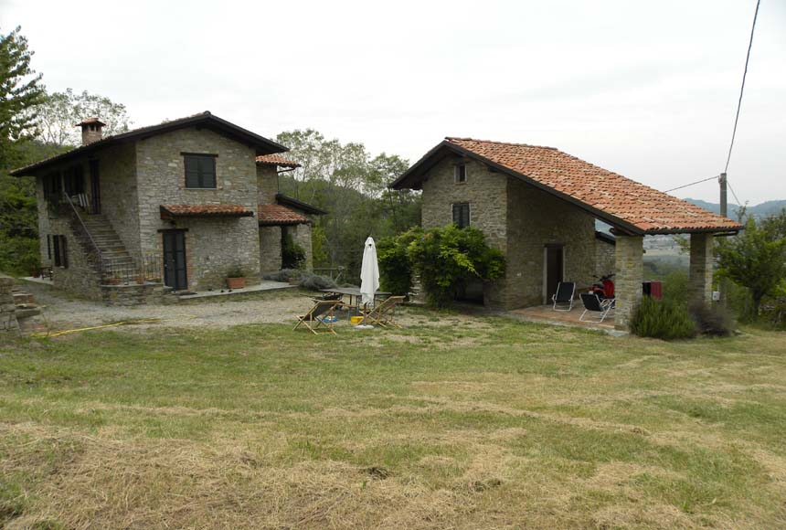 Villa / Villetta in Vendita a Monastero Bormida
