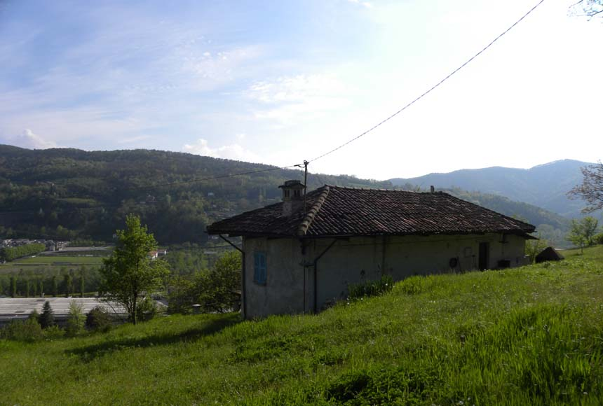 House for Sale to Cortemilia