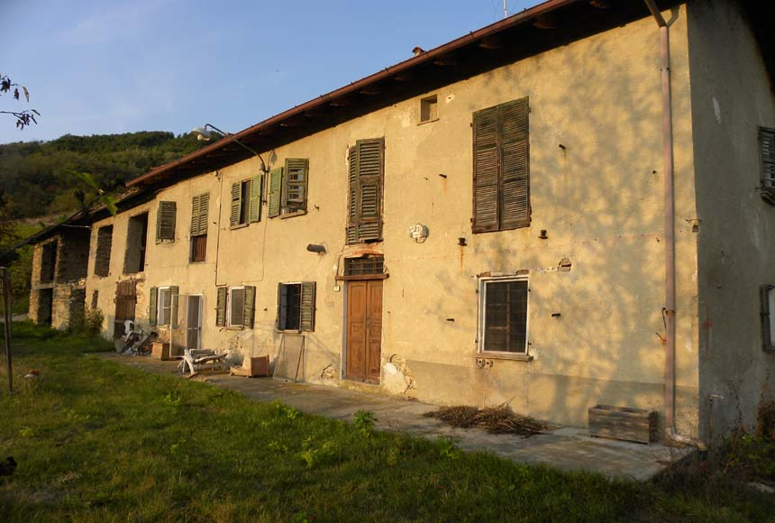 Country House (rustic) for Sale to Bistagno