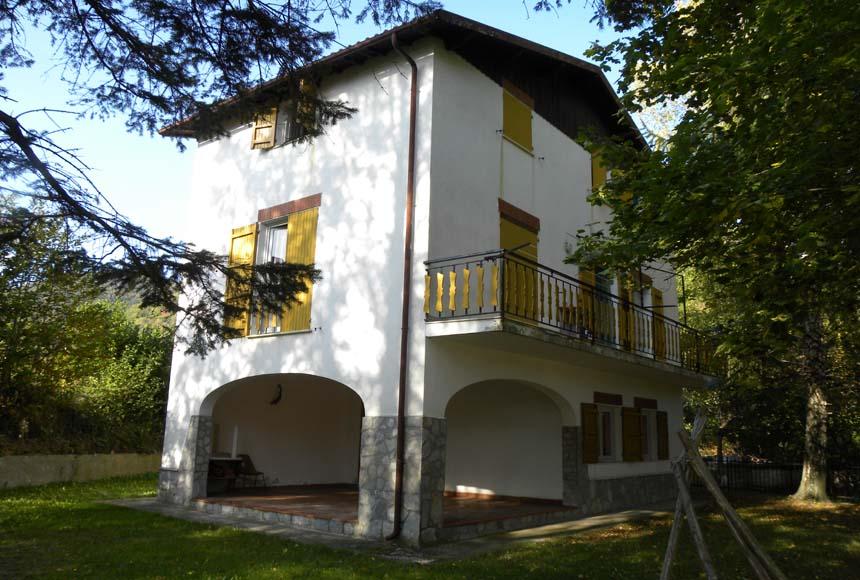Casa in Vendita a Bardineto
