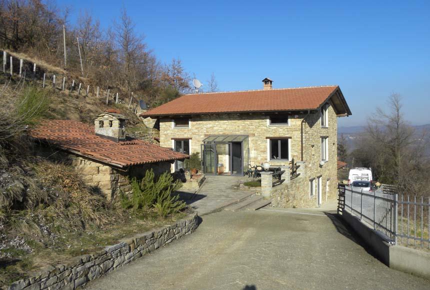 Villa / Villetta in Vendita a Pezzolo Valle Uzzone