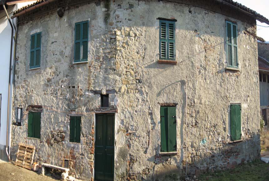Casa Rustica - Semindipendente in Vendita a Spigno Monferrato