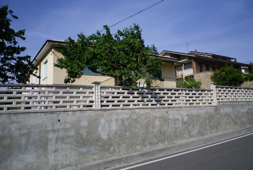 Villa / House for Sale to Montechiaro d'Acqui