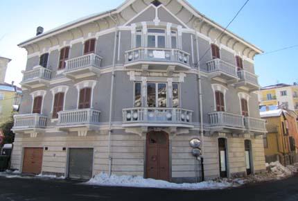 Villa Padronale in Vendita a Altare