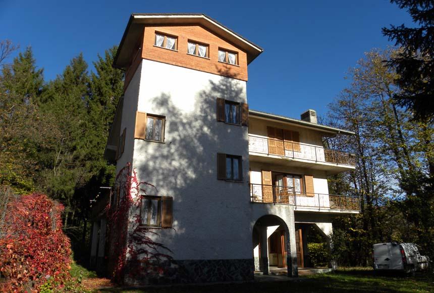 Villa / Villetta in Vendita a Osiglia