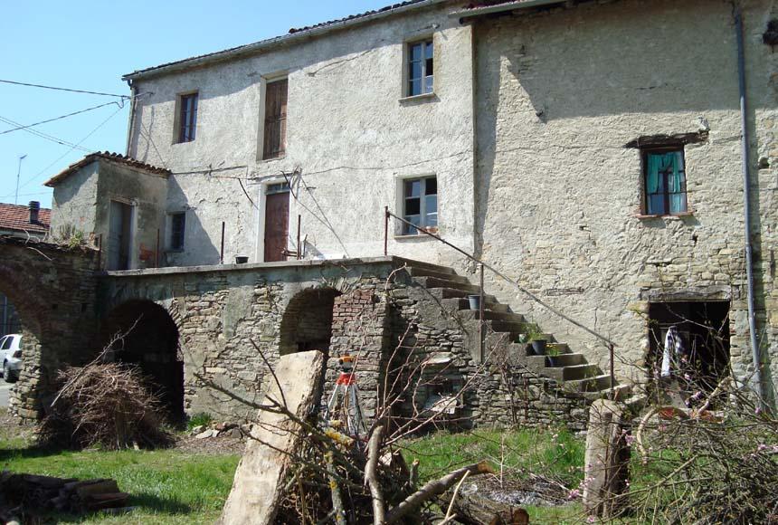 Casa Rustica - Semindipendente in Vendita a Denice