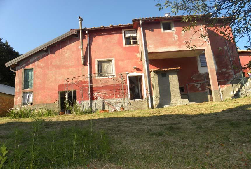 Casa - Semindipendente in Vendita a Savona