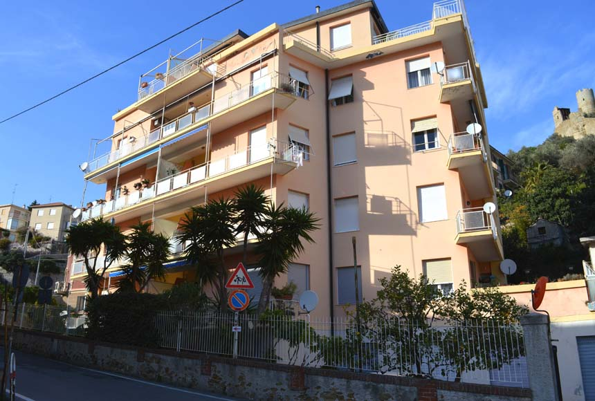 Apartment for Sale to Noli