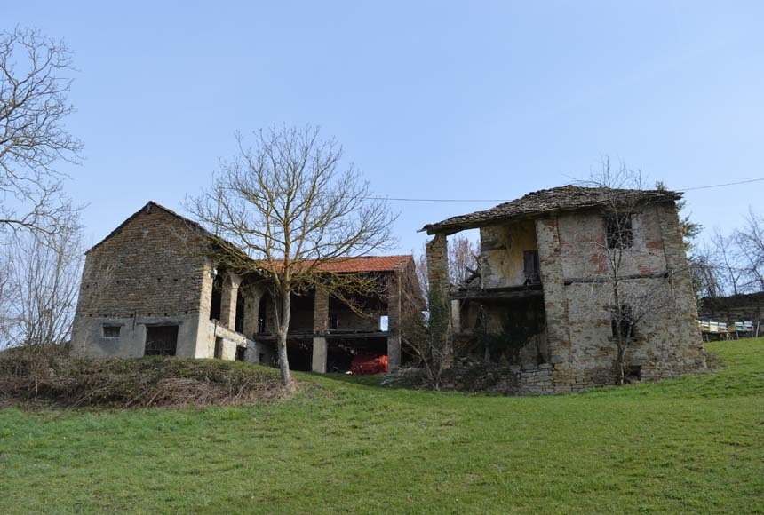 Country House (rustic) for Sale to Mombarcaro