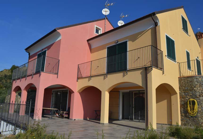 Villa / Villetta in Vendita a Savona