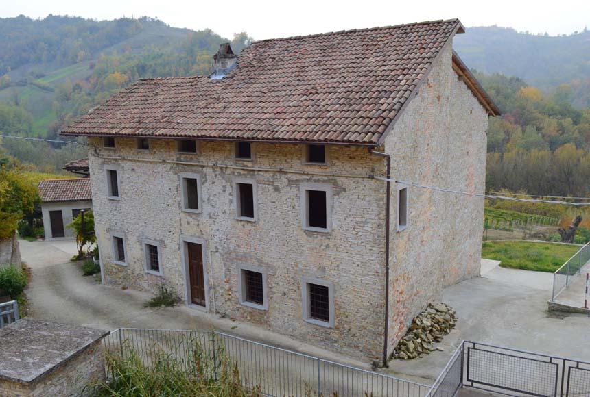 Casa - Semindipendente in Vendita a Cassinasco
