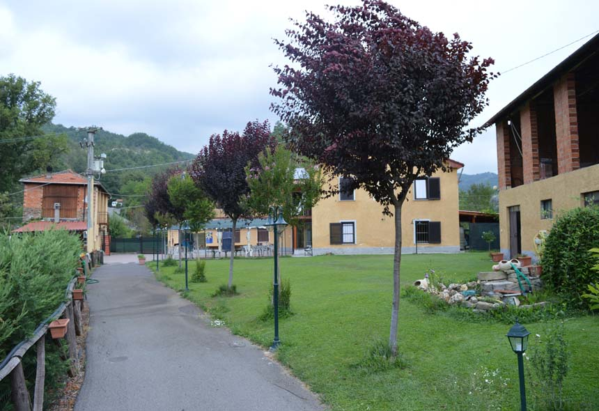 Villa Padronale in Vendita a Piana Crixia