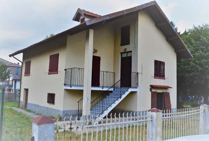 Villa / House for Sale to Bardineto