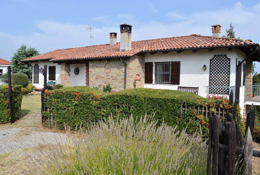 Villa / House for Sale to Sessame