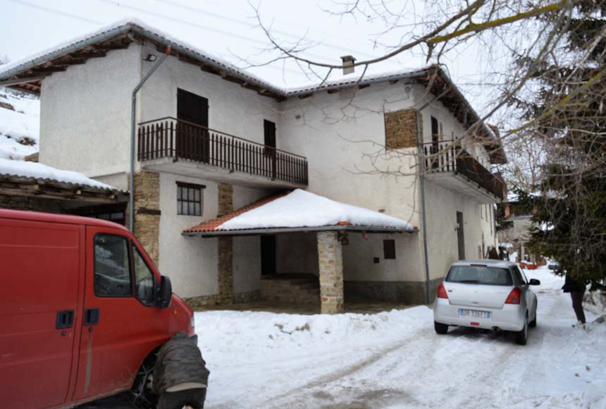 Casa - Semindipendente in Vendita a Mombarcaro