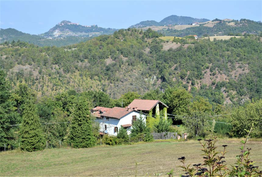 Mansion / Manor House for Sale to Malvicino