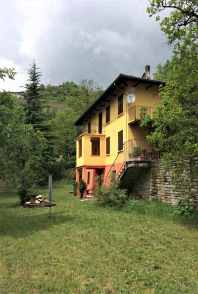 Villa / Villetta in Vendita a Vesime
