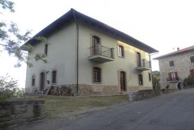 Villa Padronale in Vendita a Denice