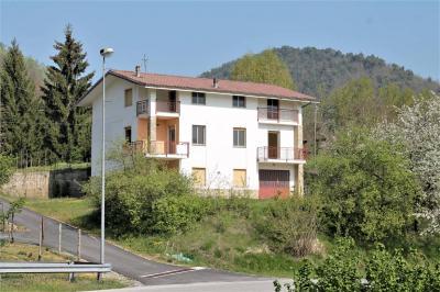 Villa / Villetta in Vendita a Torre Bormida