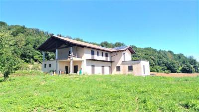 Farmhouse / Estate for Sale to Niella Belbo