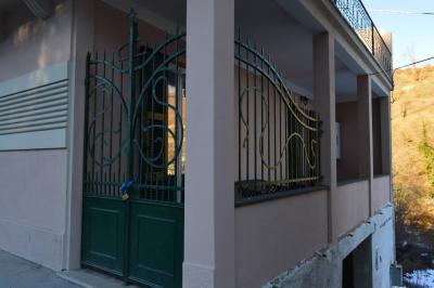 Casa - Semindipendente in Vendita a Roccavignale