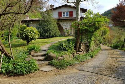 Villa / Villetta in Vendita a Cortemilia
