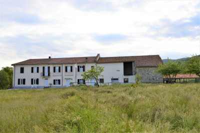 Farmhouse / Estate for Sale to Spigno Monferrato