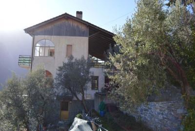 Casa - Semindipendente in Vendita a Castelbianco