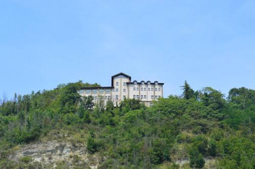 Villa Padronale in Vendita a Montechiaro d'Acqui