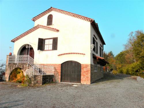 Villa Padronale in Vendita a Cortemilia