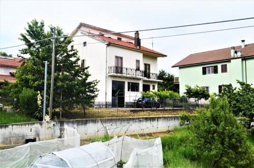 Villa / Villetta in Vendita a Cosseria