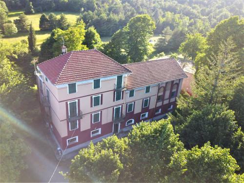 Villa Padronale in Vendita a Pontinvrea