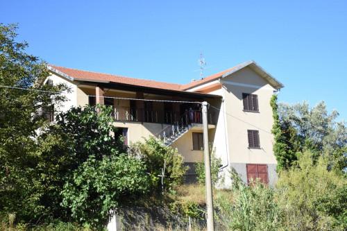 Haus in Kauf bis Montechiaro d'Acqui