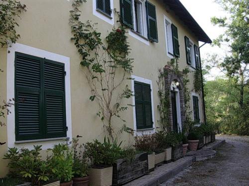 Villa / Villetta in Vendita a Piana Crixia