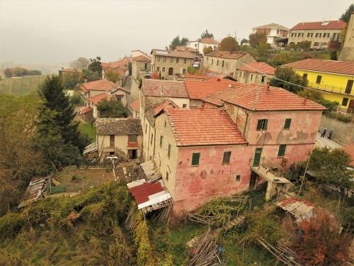 Casa Rustica in Vendita a Perletto