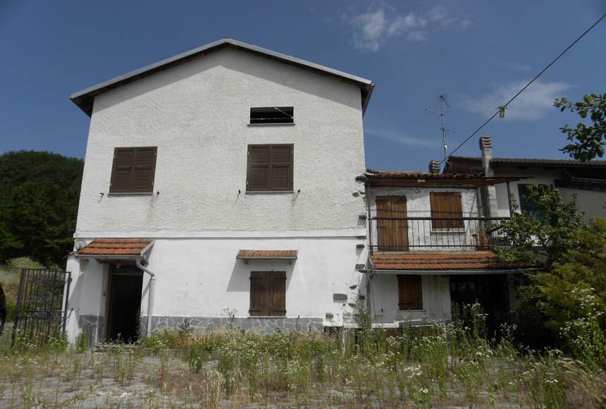 Casa - Semindipendente in Vendita a Pareto