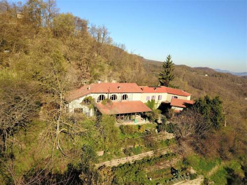 Farmhouse / Estate for Sale to Piana Crixia