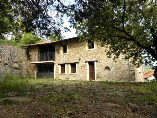 Casa in Vendita a Monesiglio