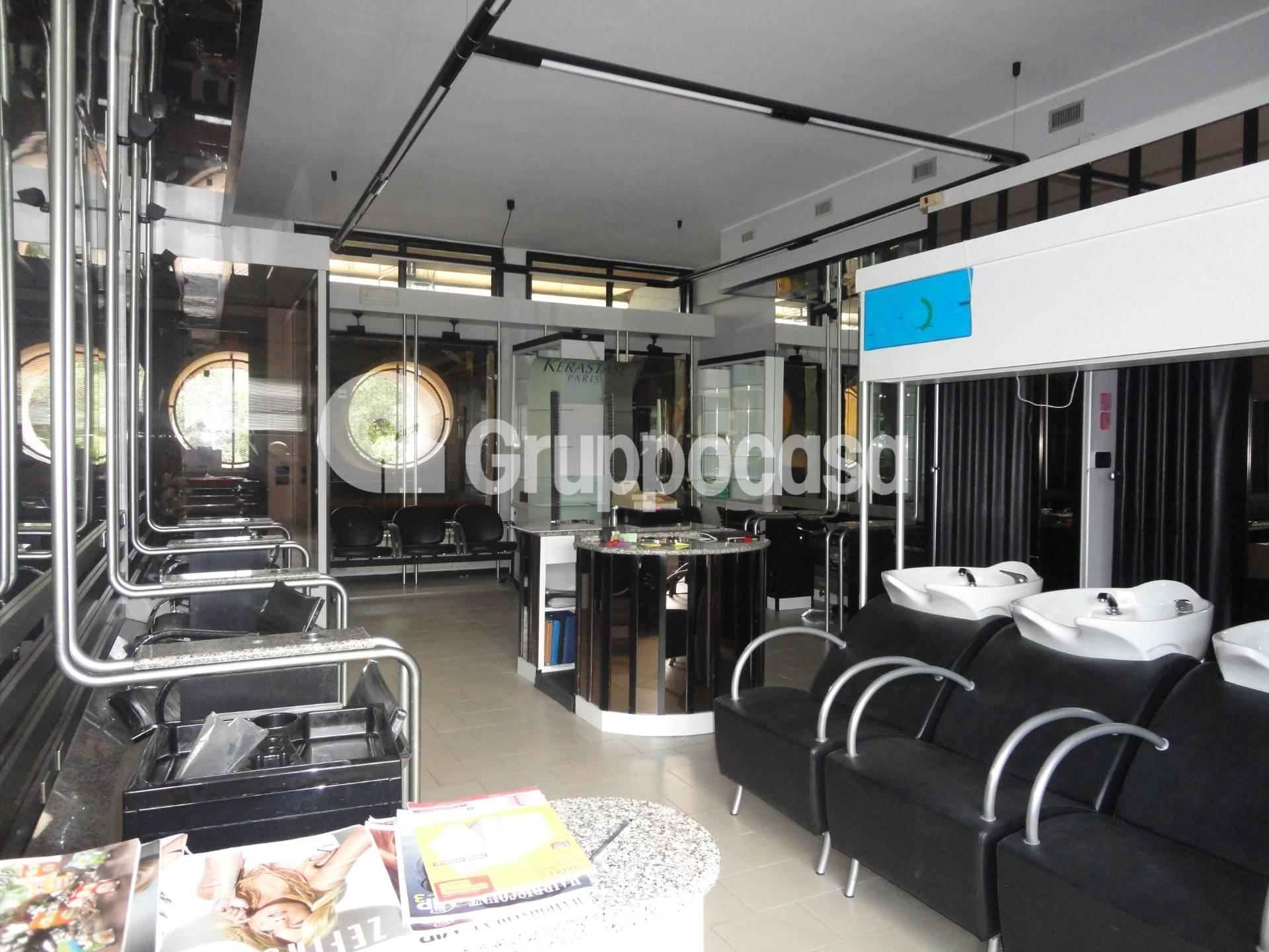 Negozio / Locale in vendita a Arese, 9999 locali, prezzo € 60.000 | CambioCasa.it