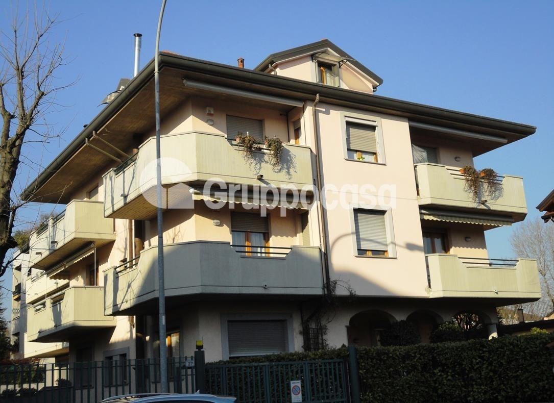 Appartamento in vendita a Arese, 3 locali, prezzo € 310.000 | CambioCasa.it