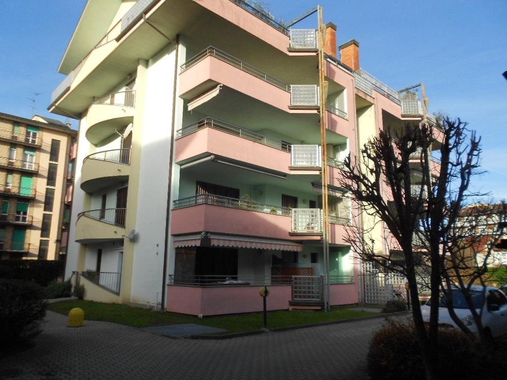 Ufficio / Studio in vendita a Magenta, 9999 locali, prezzo € 130.000 | PortaleAgenzieImmobiliari.it