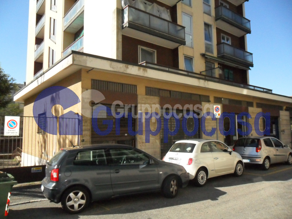 Negozio / Locale in affitto a Abbiategrasso, 9999 locali, zona adina, prezzo € 70.000 | PortaleAgenzieImmobiliari.it