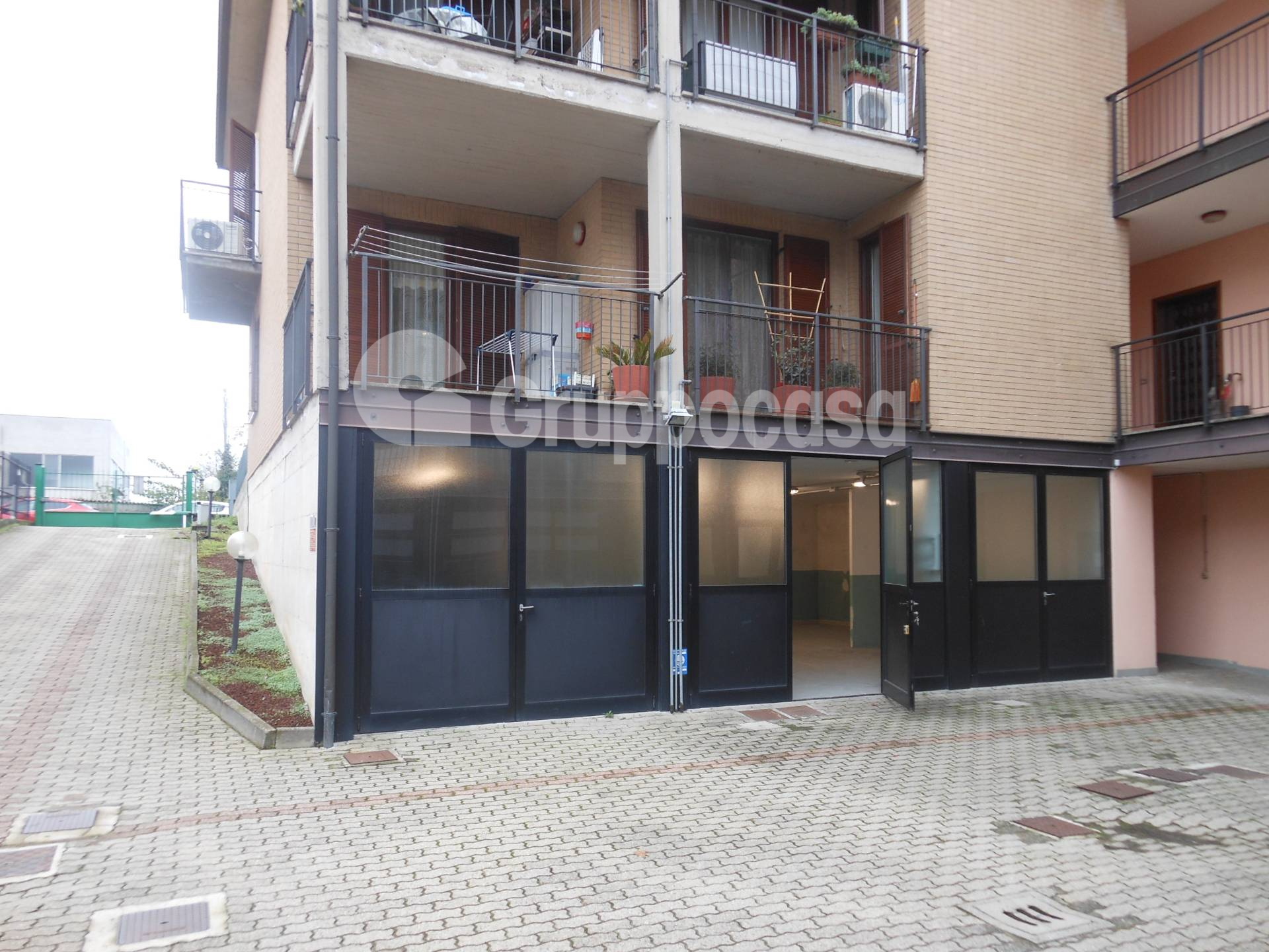 Negozio / Locale in vendita a Mesero, 9999 locali, prezzo € 70.000 | PortaleAgenzieImmobiliari.it