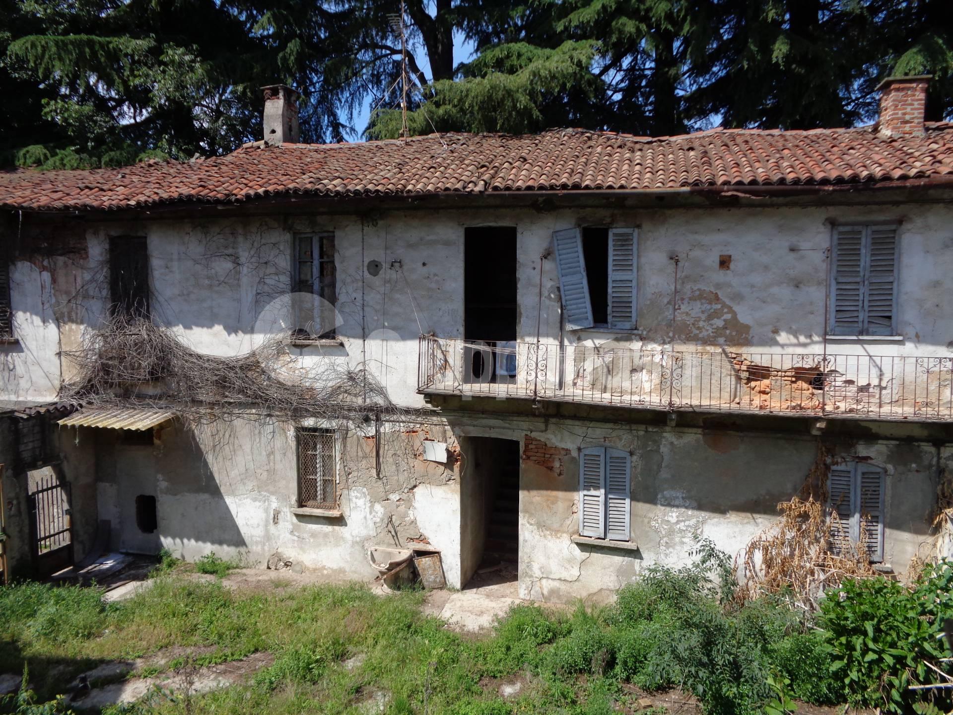 Appartamento in vendita a Abbiategrasso, 10 locali, zona adina, prezzo € 410.000 | PortaleAgenzieImmobiliari.it
