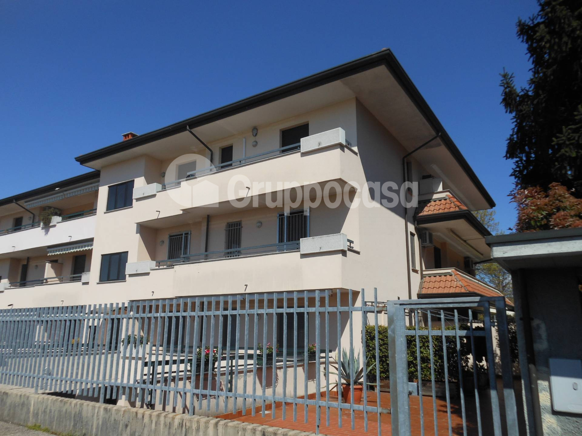 Appartamento in affitto a Mesero, 3 locali, prezzo € 800 | PortaleAgenzieImmobiliari.it