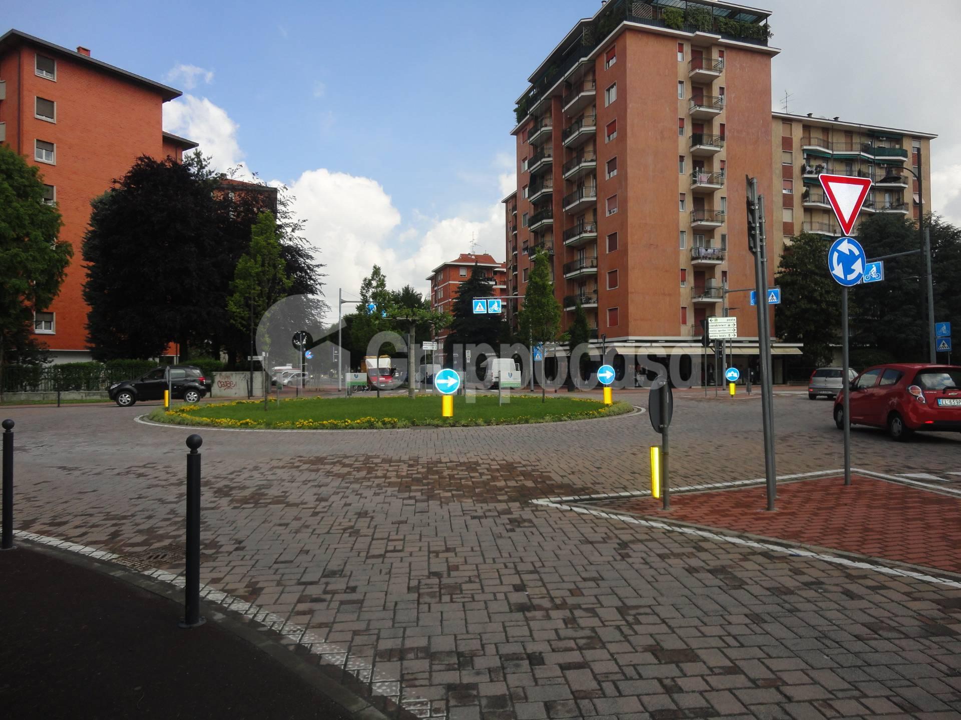 Negozio / Locale in vendita a Arese, 9999 locali, prezzo € 290.000   CambioCasa.it